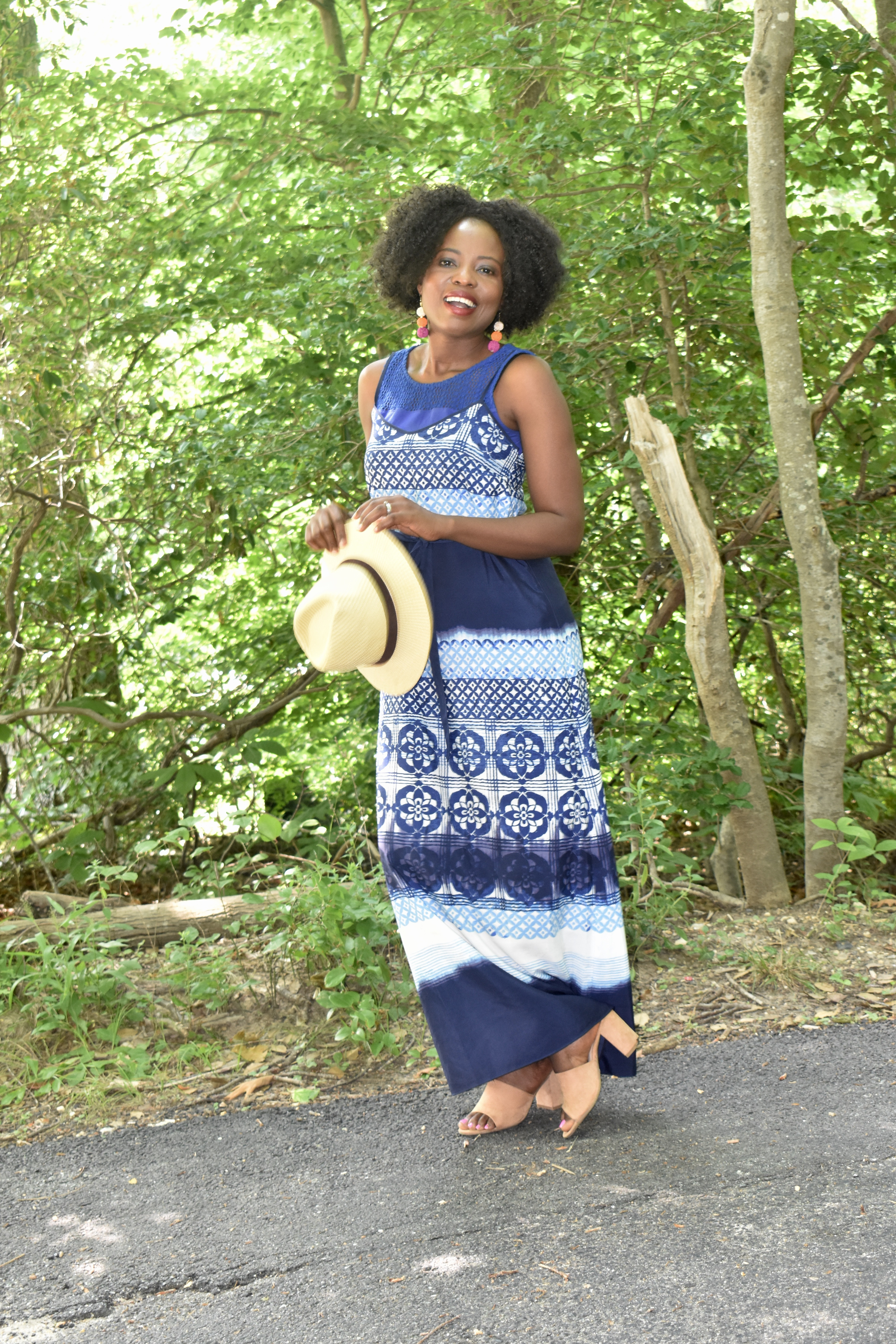 How to style spaghetti maxi dress for more coverage. graphic