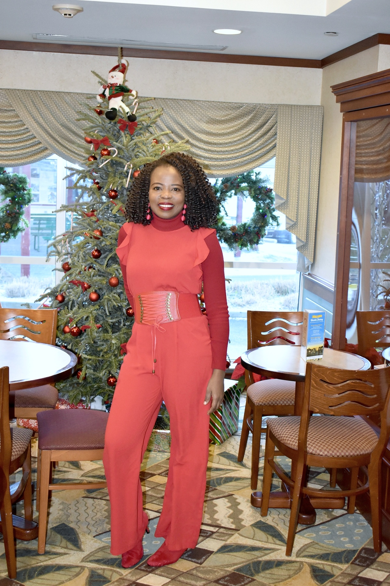 How to dress for Xmas party- the red jumpsuit graphic